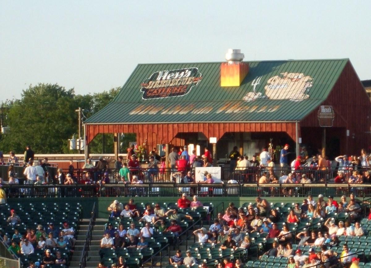 lancaster-barnstormers-baseball-in-central-pennsylvania
