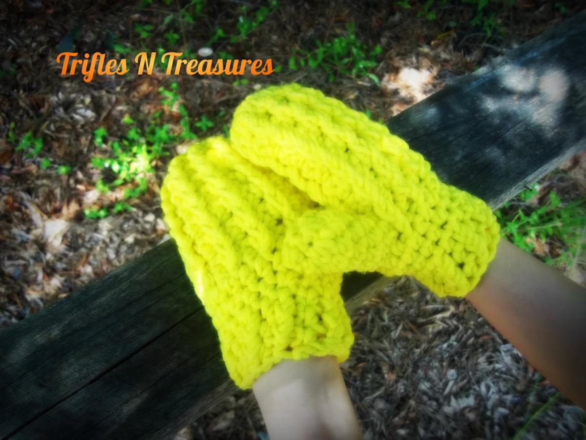 Crochet Yellow Mittens - see pattern below