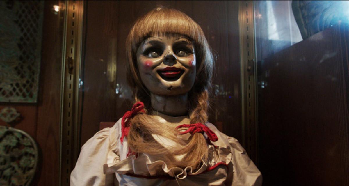 critics-corer-rules-to-survive-a-horror-film