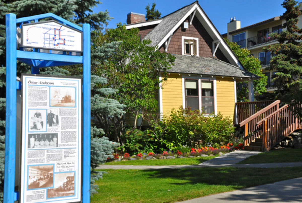 Oscar Anderson House Museum: Open for tours during between late May to mid-September.