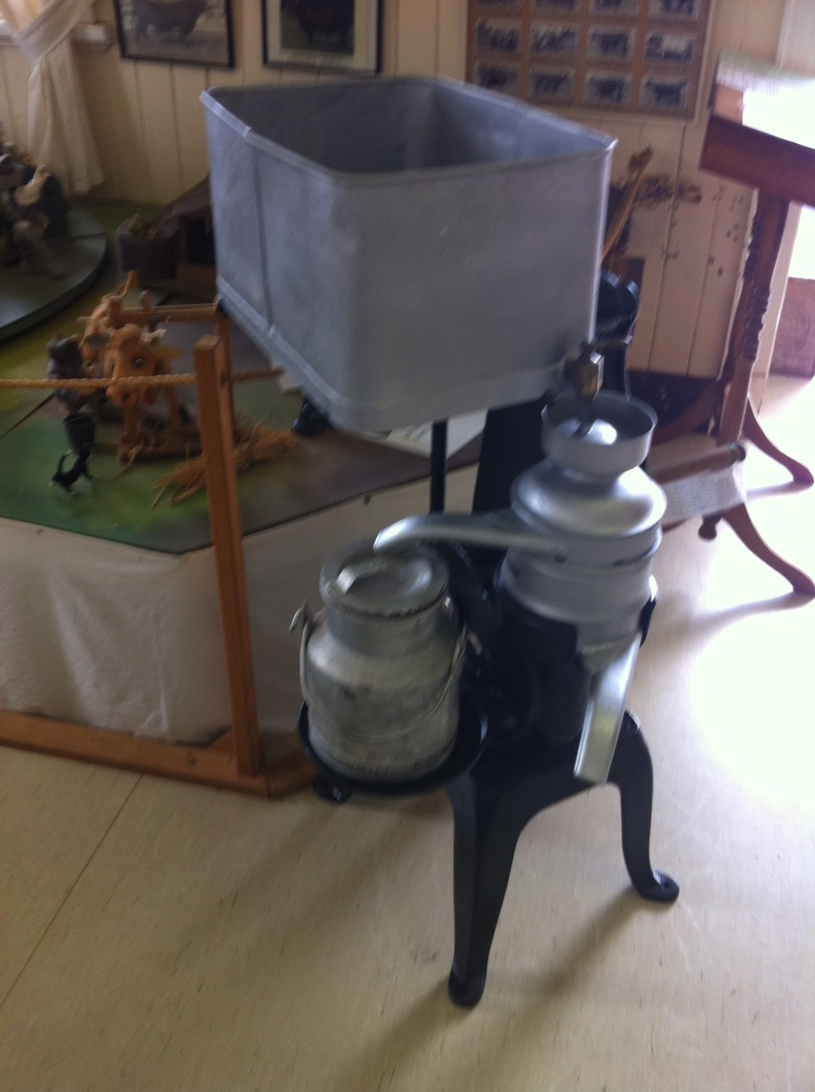 A milk separator similar to what my Uncle Bill used. Dairy Museum, Murgon