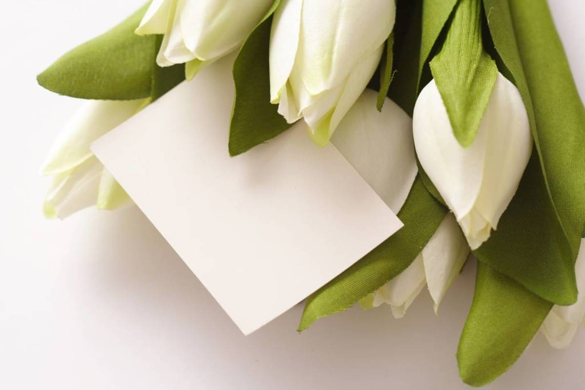 Funeral Card Messages: Sending Condolences
