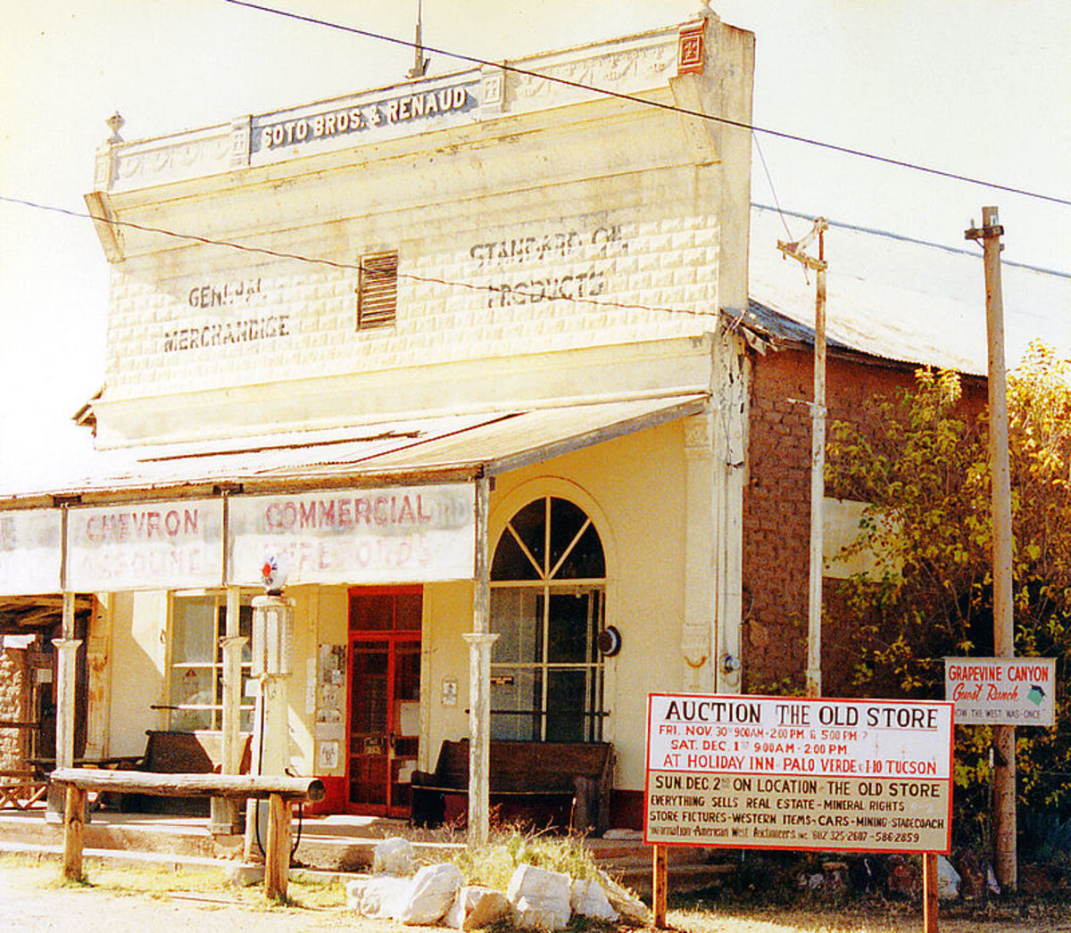 The Old Pearce General Store in 1990