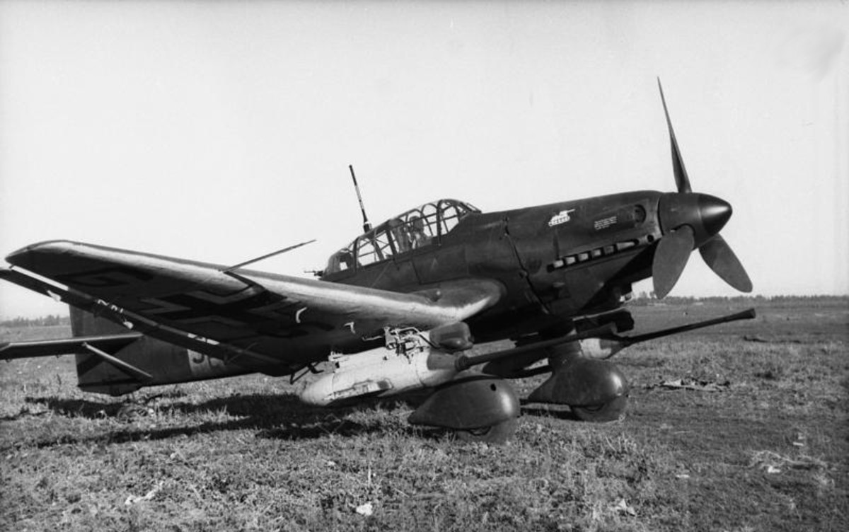 """Ju 87 G-1 """"Kanonenvogel""""  (tanks buster) with its twin Bordkanone 3.7 cm (1.46 in) underwing gun pods similar to the one flow by Rudel."""