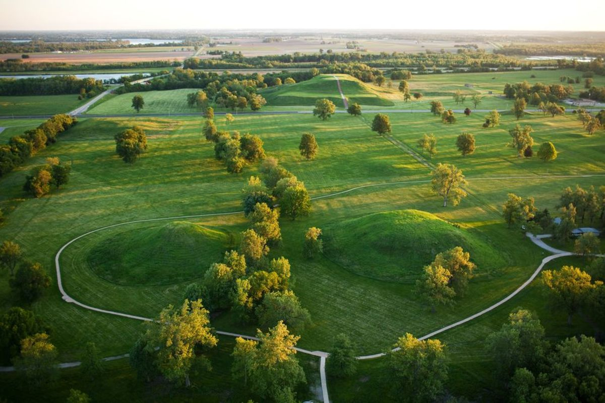 Prehistoric Moon Cult: The Lost City of Cahokia