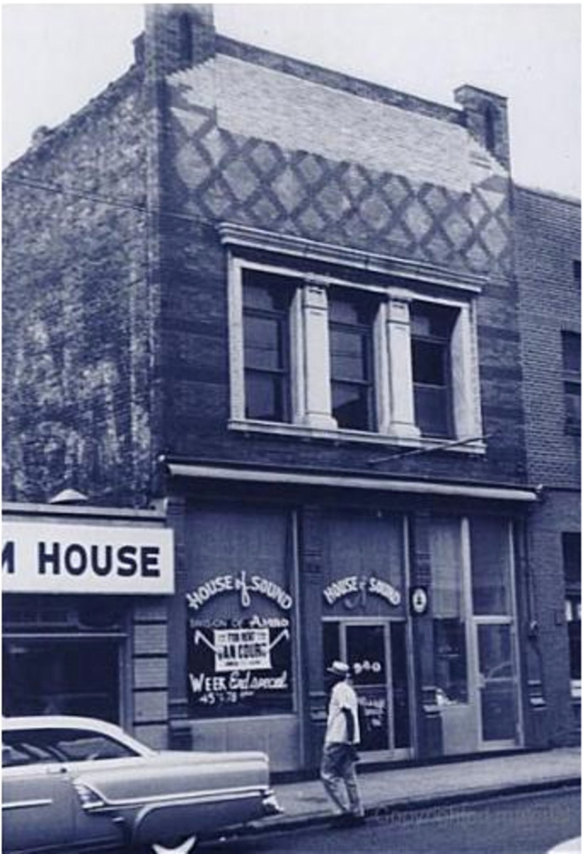 """The Monarch Club at 340 Beale was known for gambling and violence.  In the early 1900s, it was called """"The Castle of Missing Men"""" because many times gamblers who went in came up missing."""