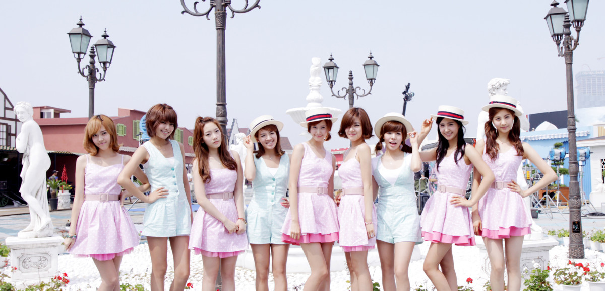 K-Pop Top 10: Most Popular, Talented, and Beautiful Korean Girl Groups 2015