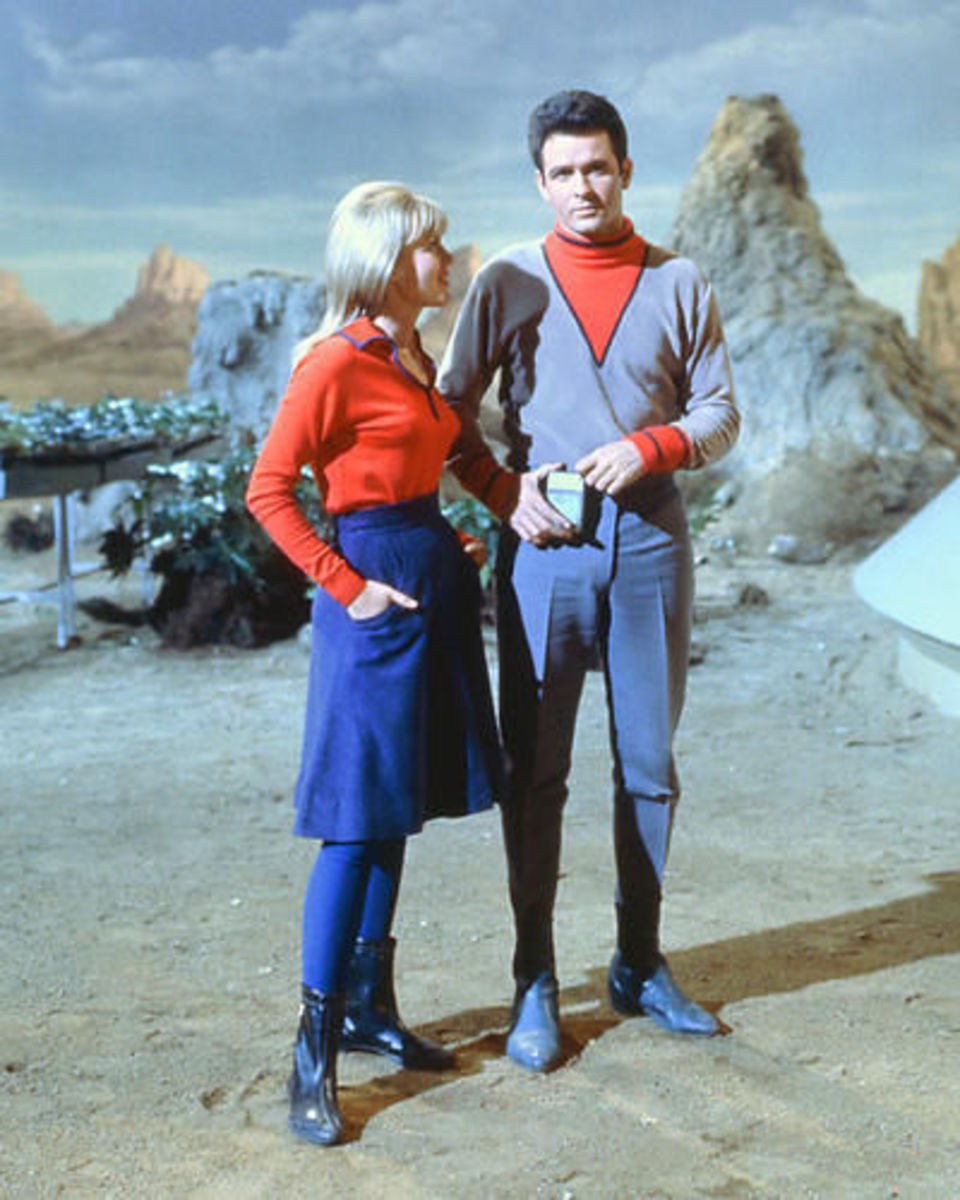 Judy Robinson, played by Marta Kristen, and Major Don West, played by Mark Goddard. If only the show could have lasted until they were married.
