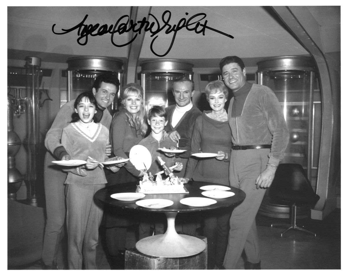 Bill Mumy, Will's Birthday I beleive, First Season with the Cast, Doctor Smith right in the middle, close to the cake, as aways, signed by Angela Cartwright, Lost in Space, Penny Robinson ... The cake is really cool looking :)