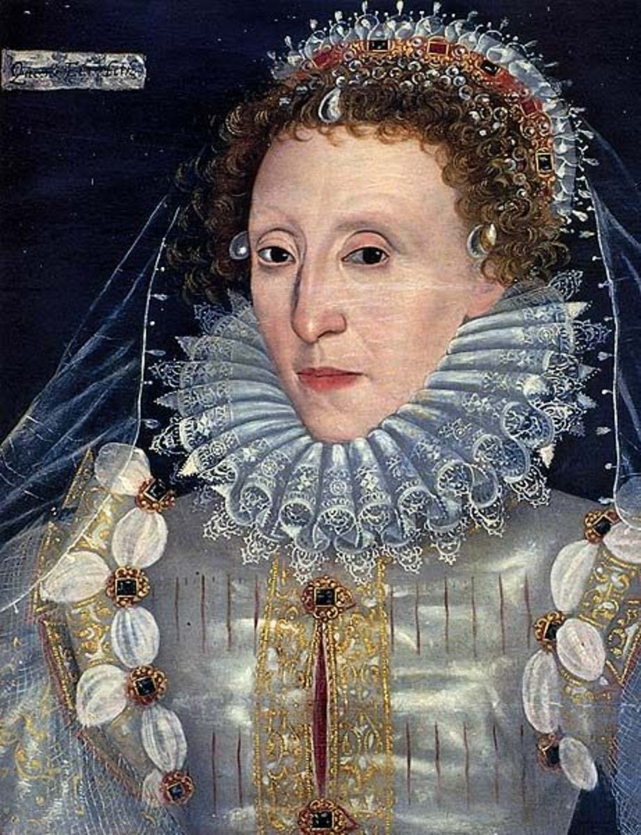 Elizabeth's eyes, nose, and the shape of her face show a strong resemblance to Henry Carey