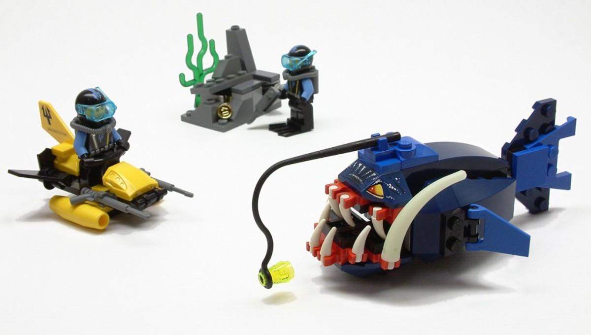 LEGO Aqua Raiders Angler Ambush 7771 Assembled