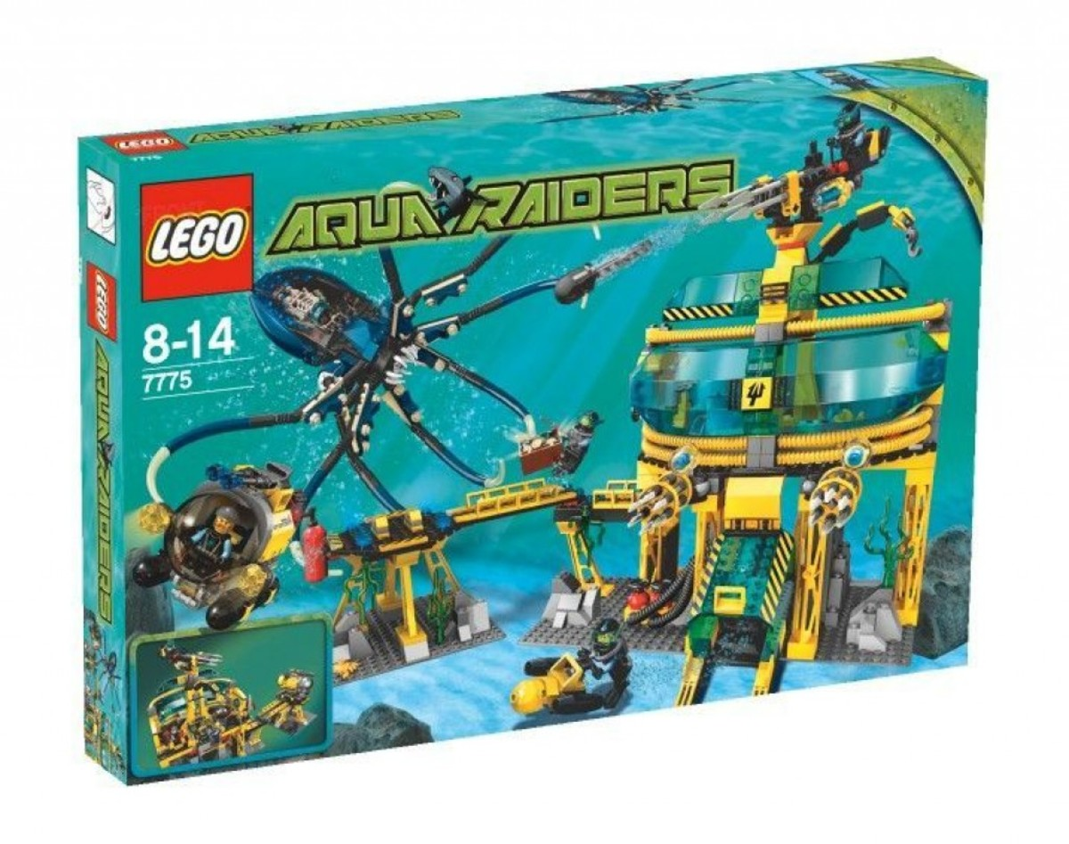 LEGO Aqua Raiders Aquabase Invasion 7775 Box