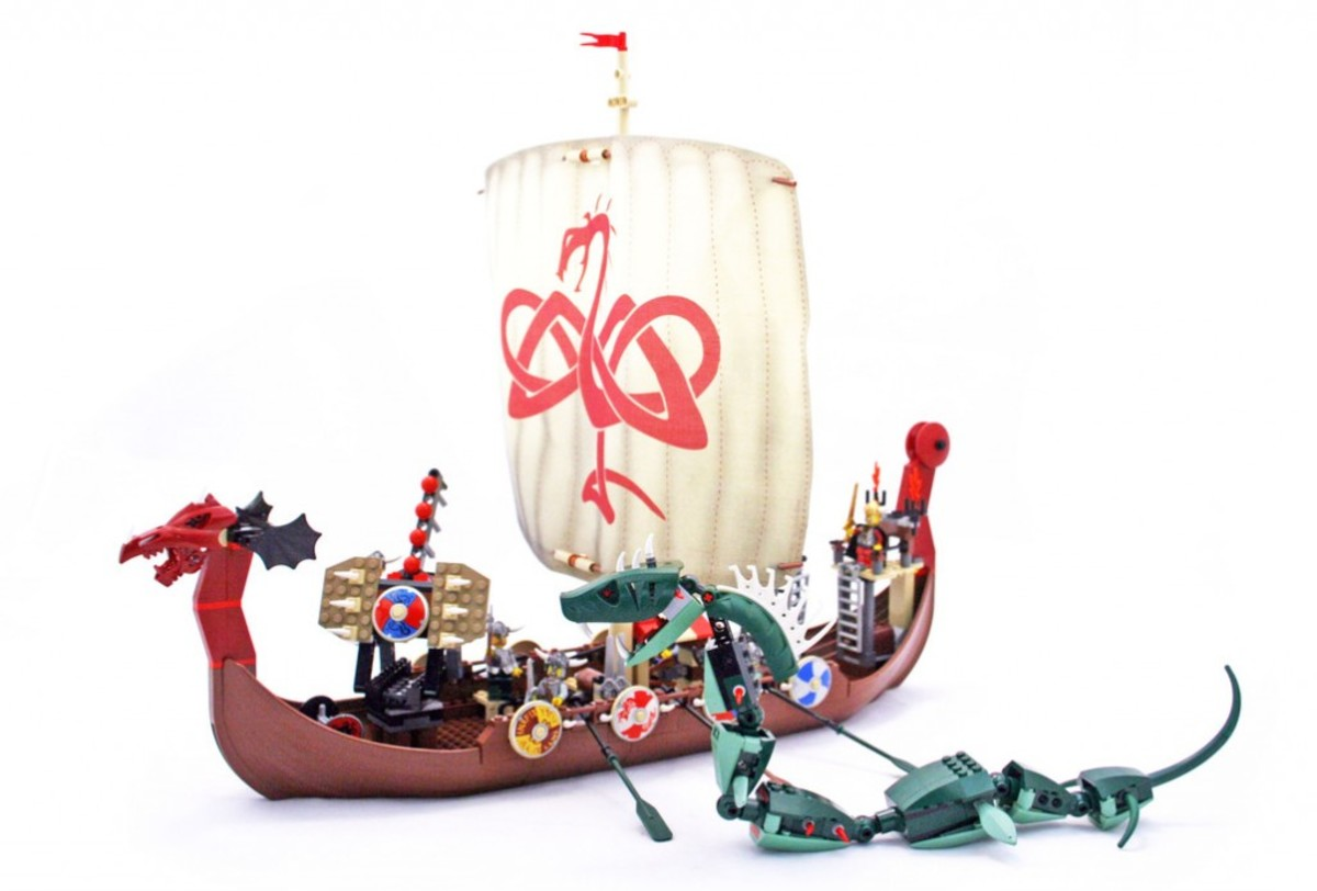 LEGO Vikings Viking Ship Challenges The Midgard Serpent 7018 Assembled