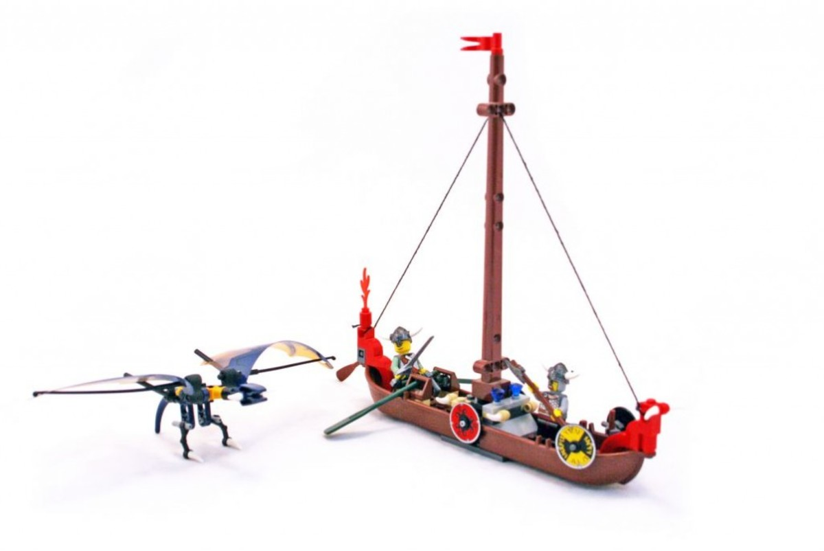 LEGO Vikings Viking Boat Against The Wyvern Dragon 7016 Assembled