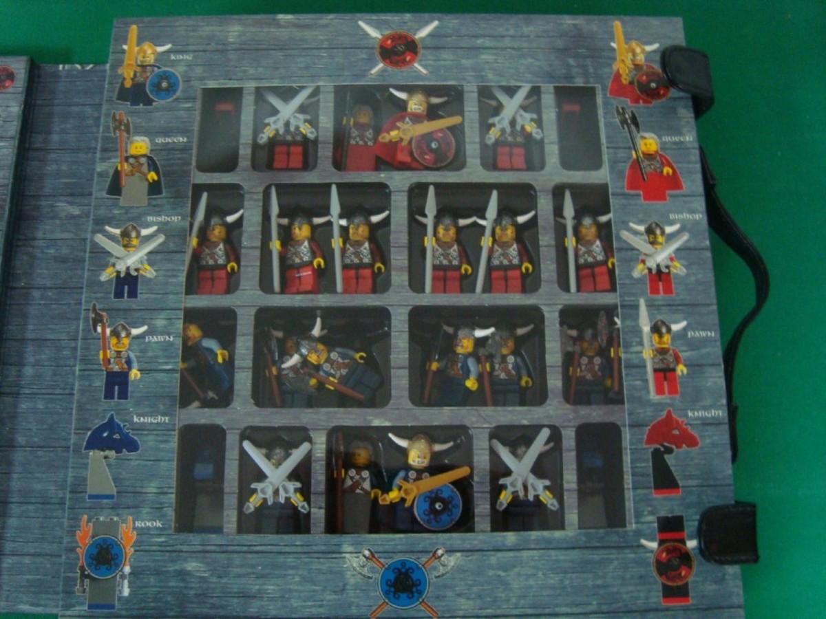 LEGO Viking Chess Set G577 Minifigures