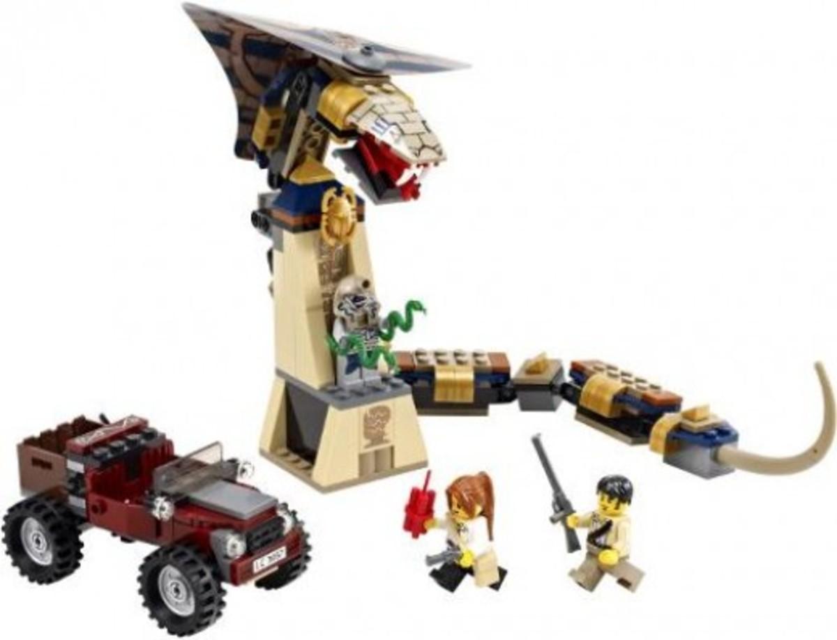 LEGO Pharaoh's Quest Cursed Cobra Statue 7325 Assembled