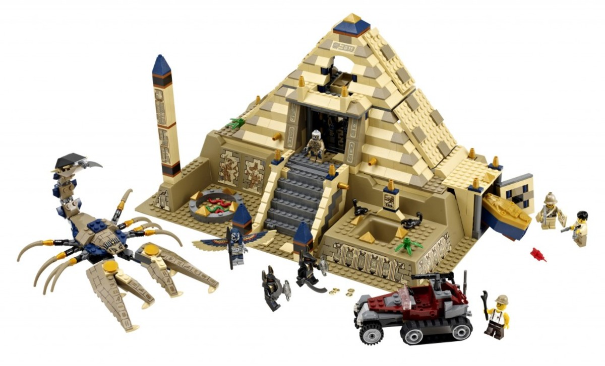 LEGO Pharaoh's Quest Scorpion Pyramid 7327 Assembled
