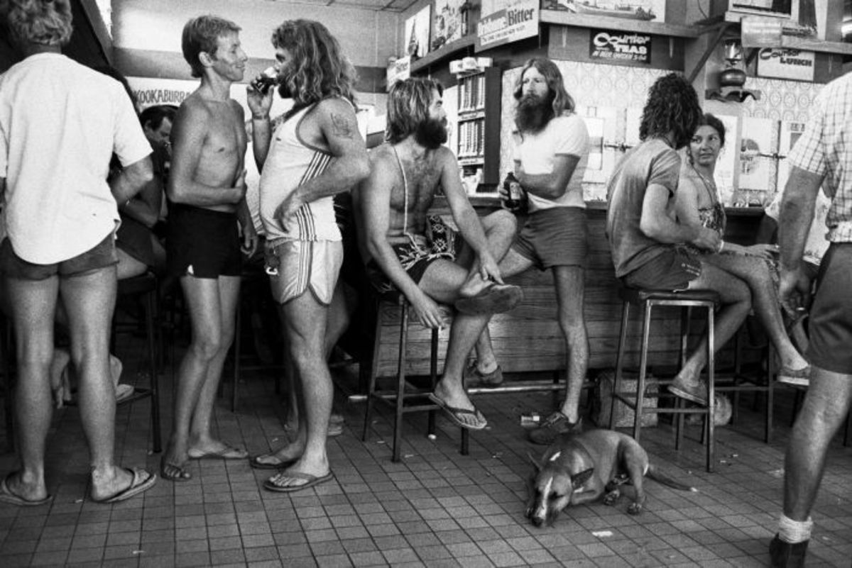 A typical Aussie bar scene 1980s