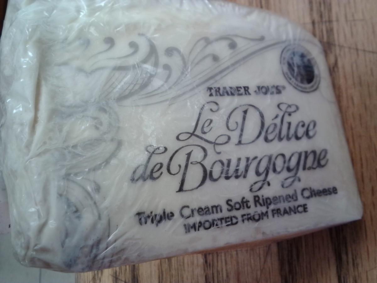 msskrss-trader-joes-handpicked-cheese-platter
