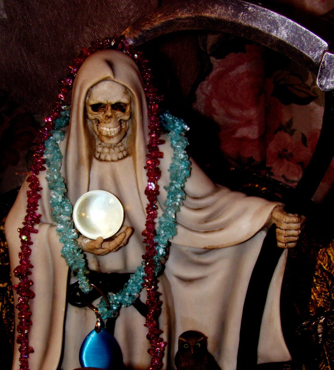 Working With La Santa Muerte Blanca