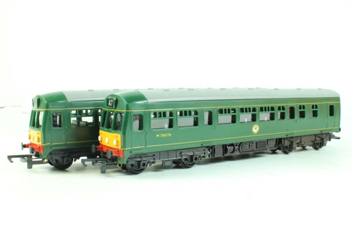 Triang Metro-Cammell diesel multiple unit sold second-hand through Hattons mail order. Other makers' units are on sale new through the same source.