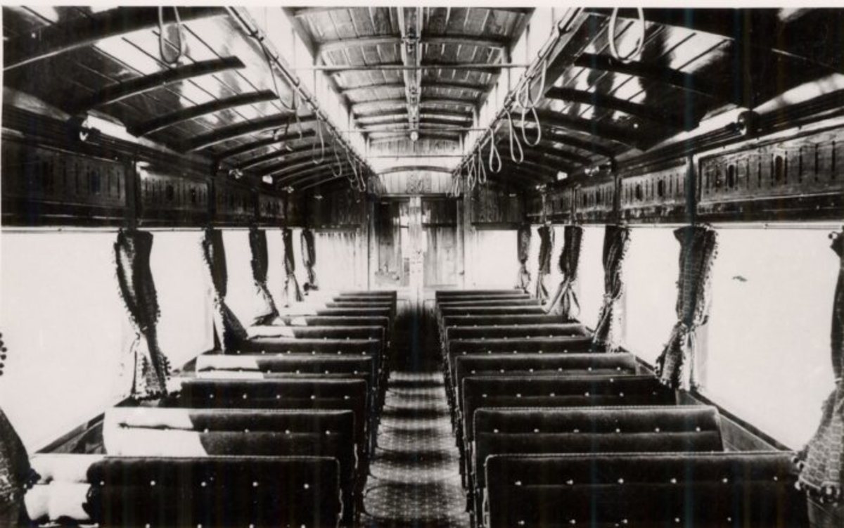 This is the light and airy interior of the 1903 NER Autocar. It had been used as a holiday home near Pickering in North Yorkshire and was in poor condition, although the hardwood frame was intact