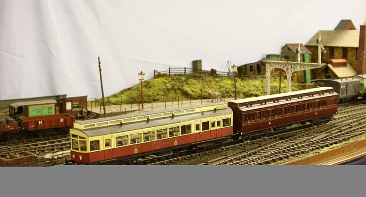 This is the Keighley Model Railway Club's 7mm 1903 NER Petrol-Electric Autocar with its autocoach trailer.