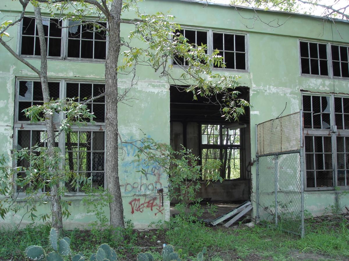 Maintenance Shop-Classroom