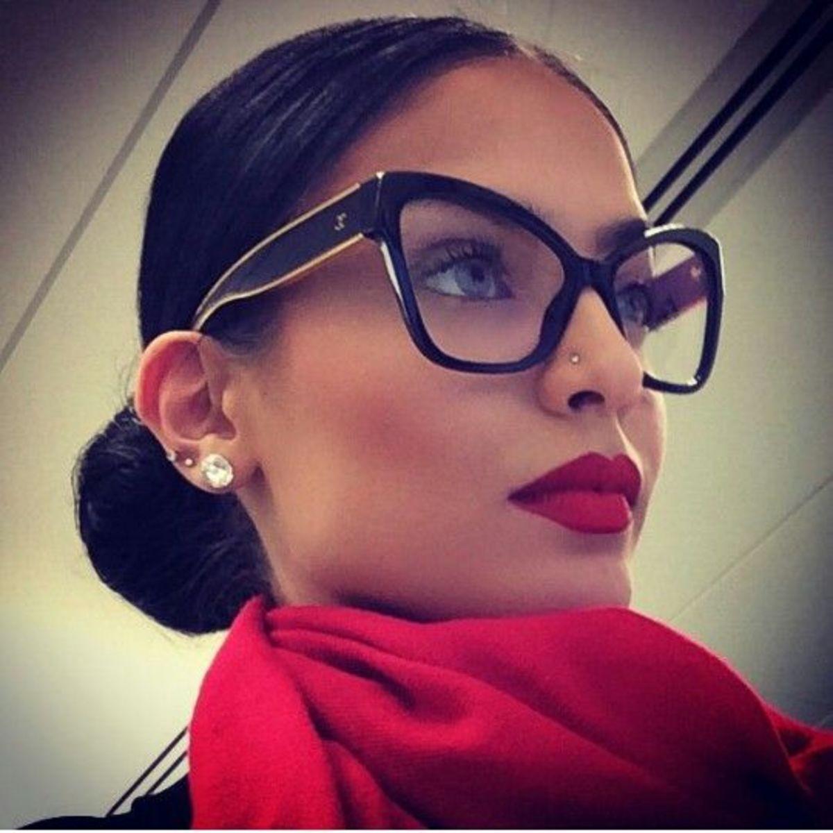 Hot frames for reading glasses for women