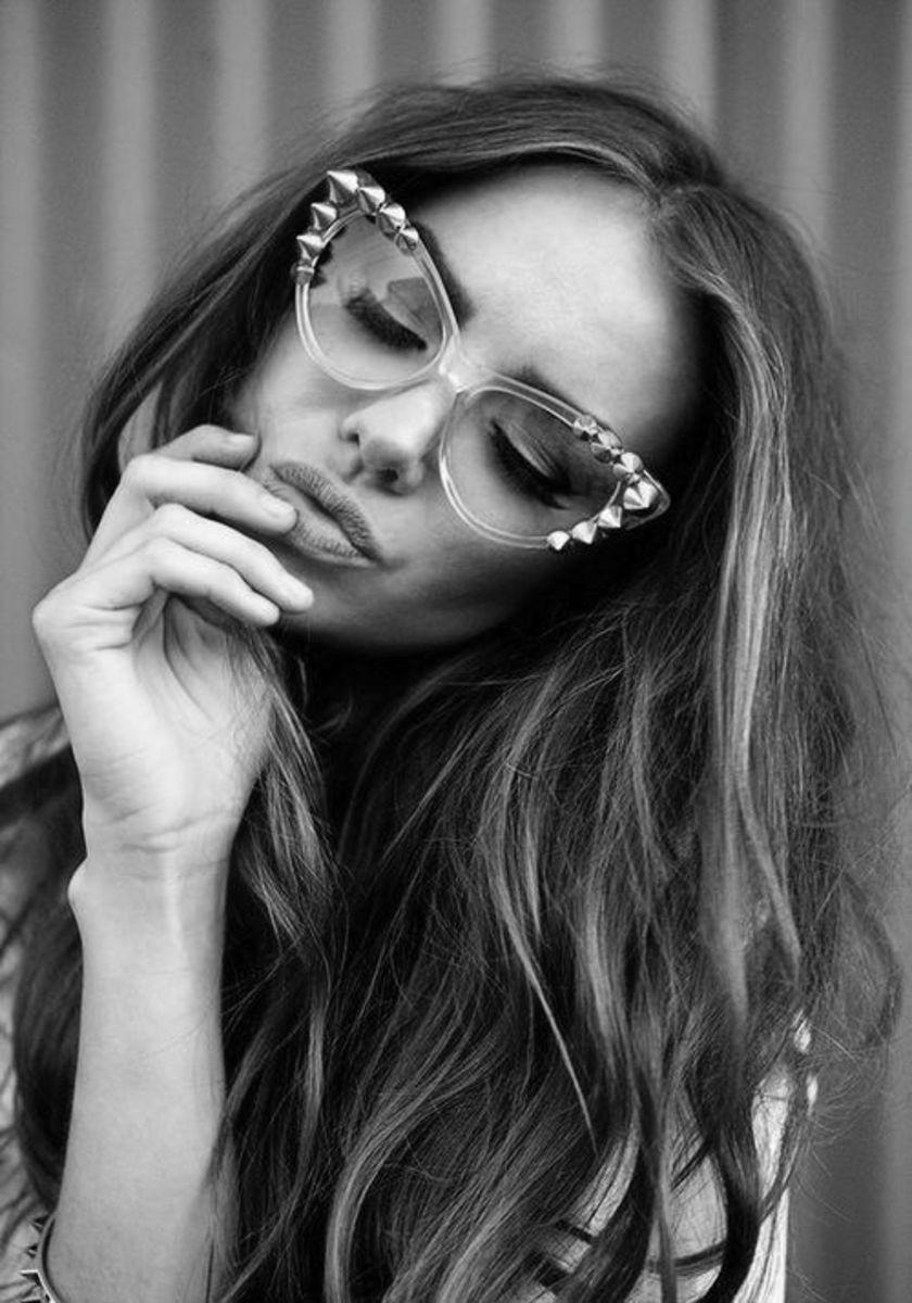 Embellished cat's eye reading glasses for women