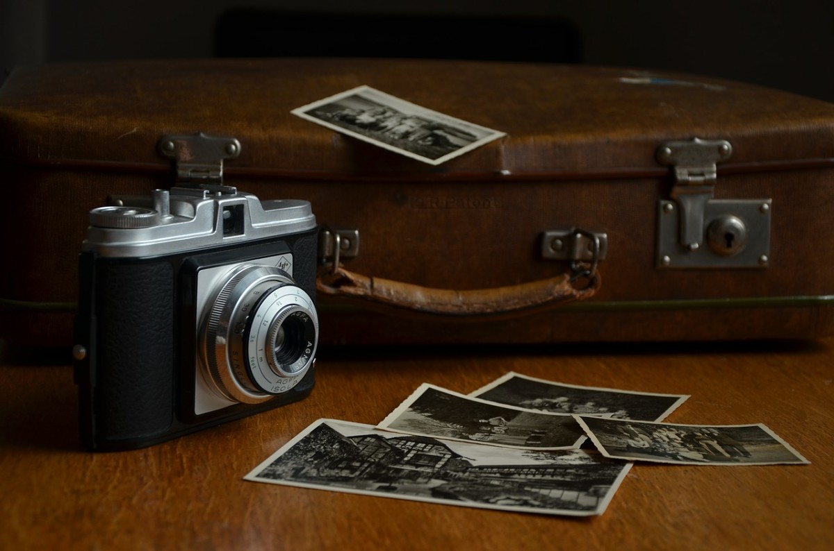 10 Ways of Looking at Your Old Photographs