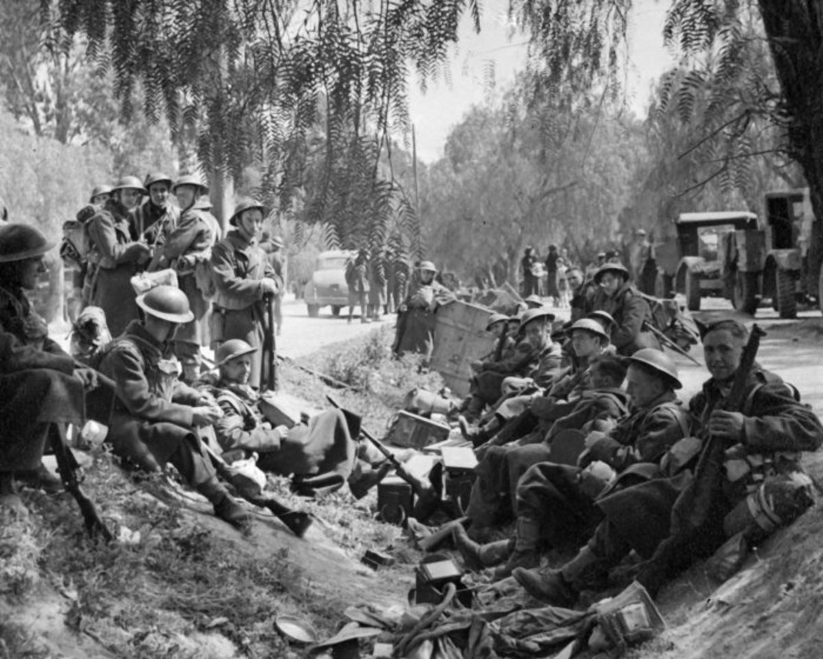 Troops from the 2nd New Zealand Expeditionary Force rest at Nauplion before embarking for Crete in May, 1941