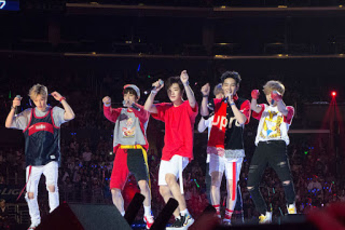 KCON 2015 Got7 on stage