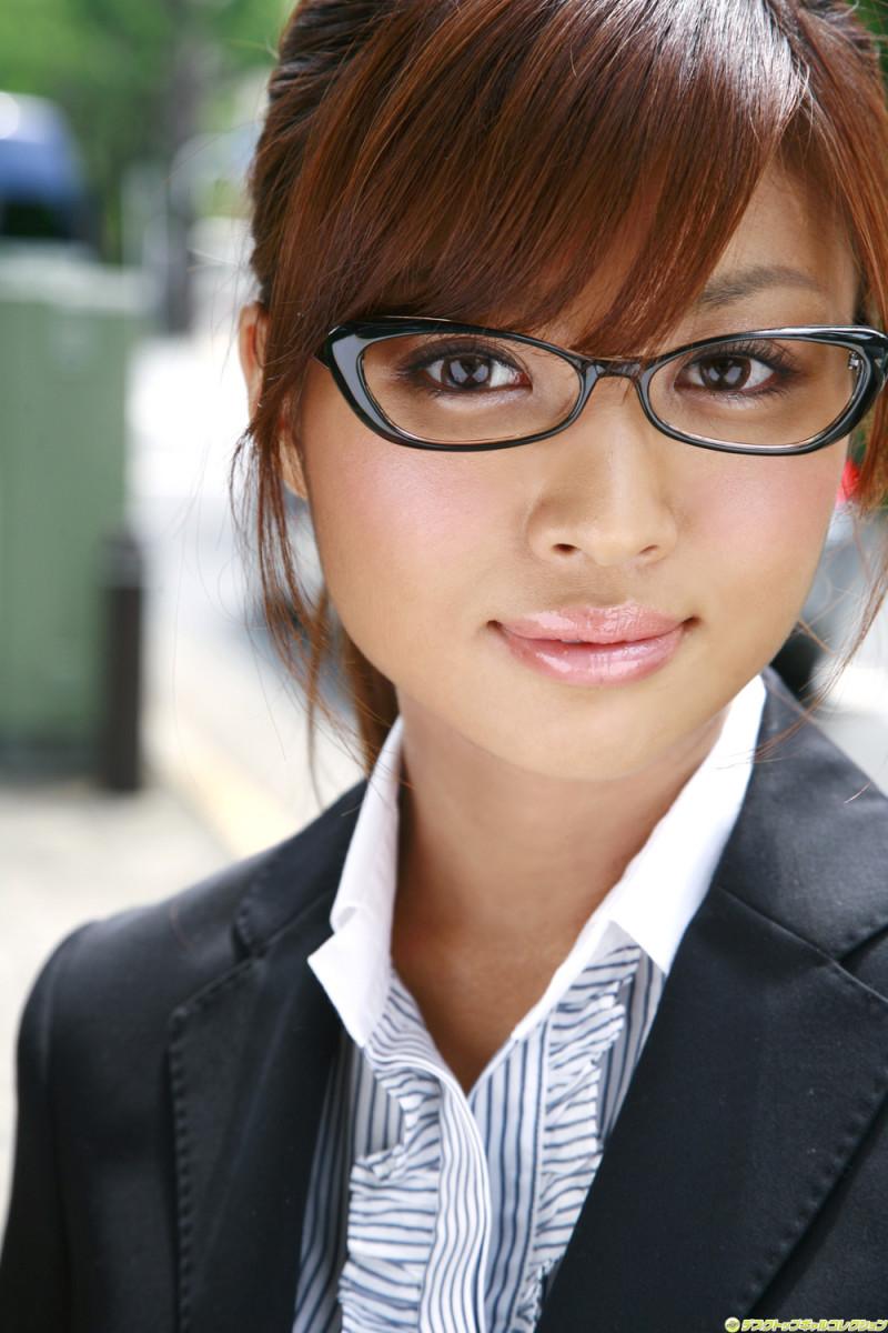 Kana Tsugihara-Japanese Supermodel and Movie Actress from Tokyo