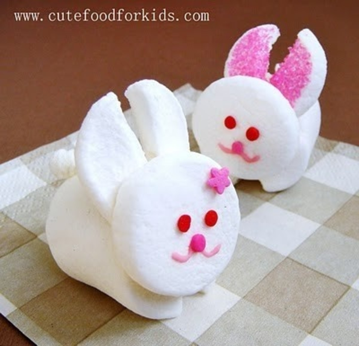 Edible Easter bunny craft ideas are perfect for the after school project!