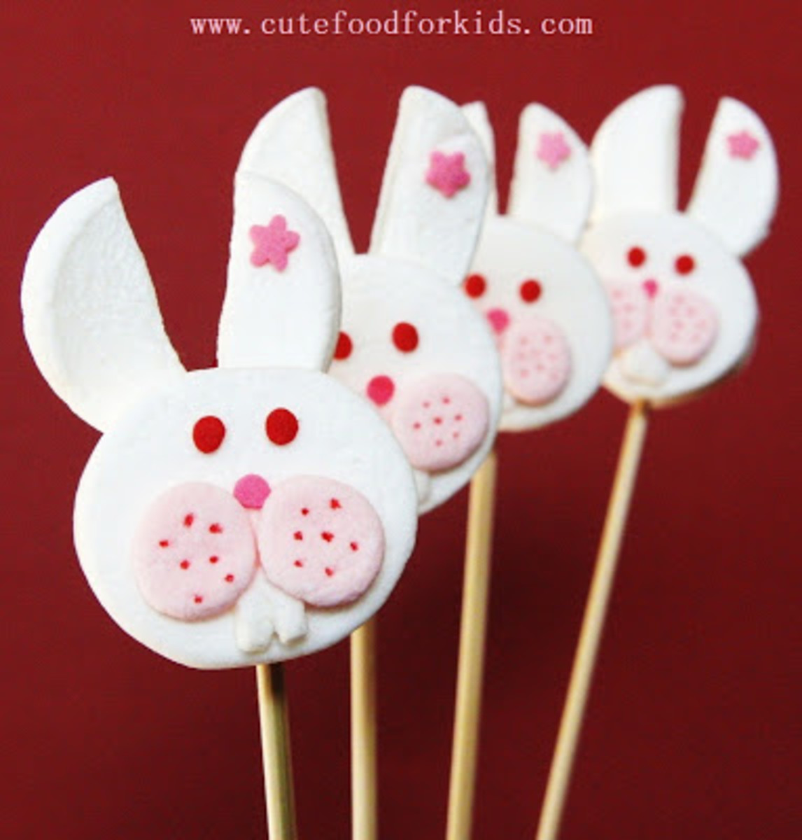 These bunny pops are adorable.  I want to eat them right now.