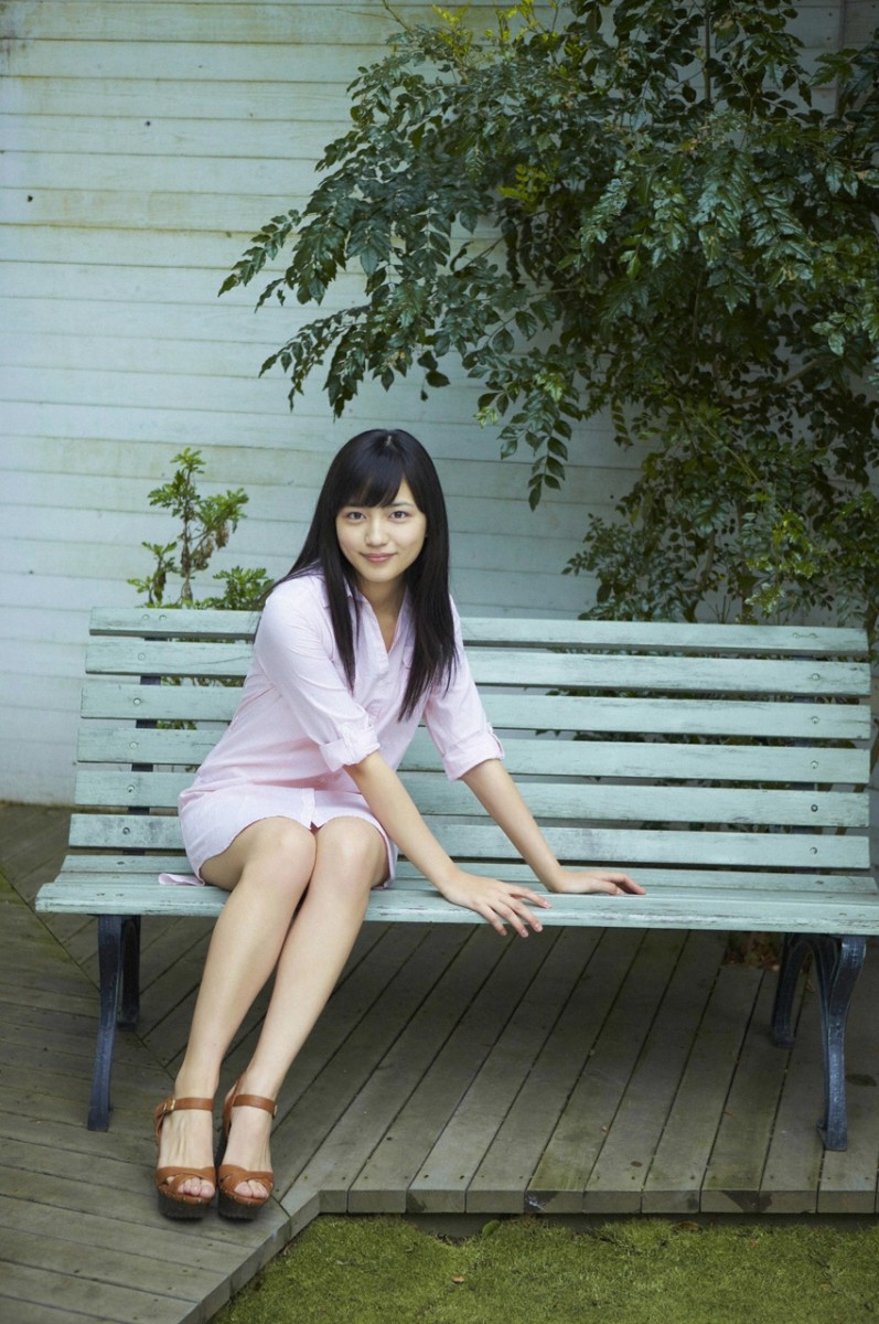 Haruna Kawaguchi Beautiful Movie Actress Photos Gallery