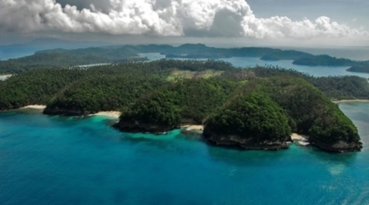Puerto Galera is a soothing vision of shimmering seas surrounded by lush mountains. It is considered one of the most beautiful and developed beach resort community in the country
