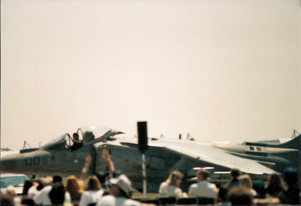 A USMC AV-8B taxies after it gave a flight demonstration at the Andrews AFB, Joint Service Open House.