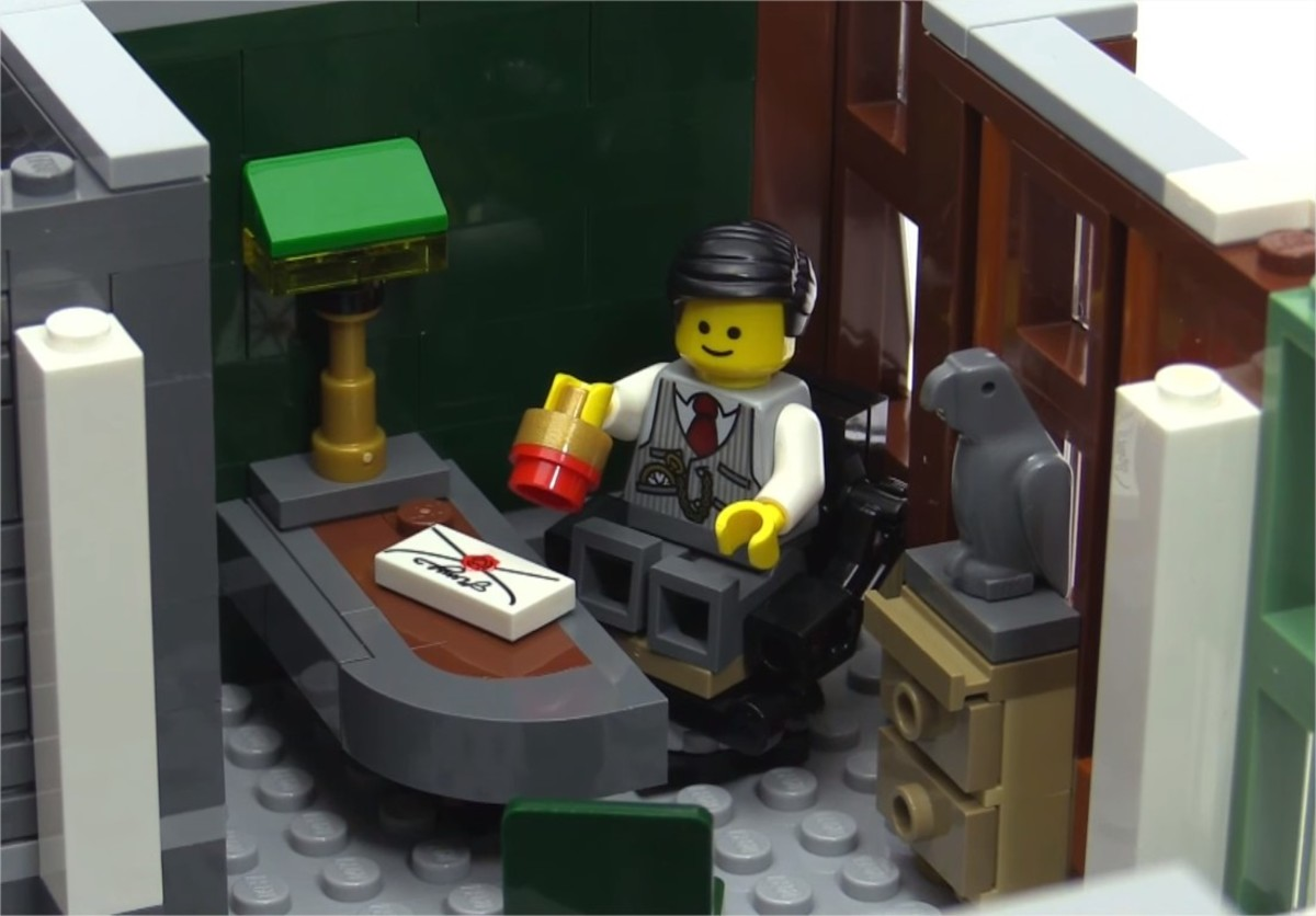 LEGO Creator Brick Bank Modular Building | The second floor. The manager's office.