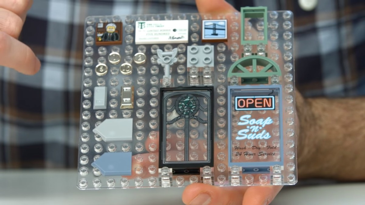 LEGO Creator Brick Bank Modular Building | Brick Bank brings lots of usable accessories and printed pieces!