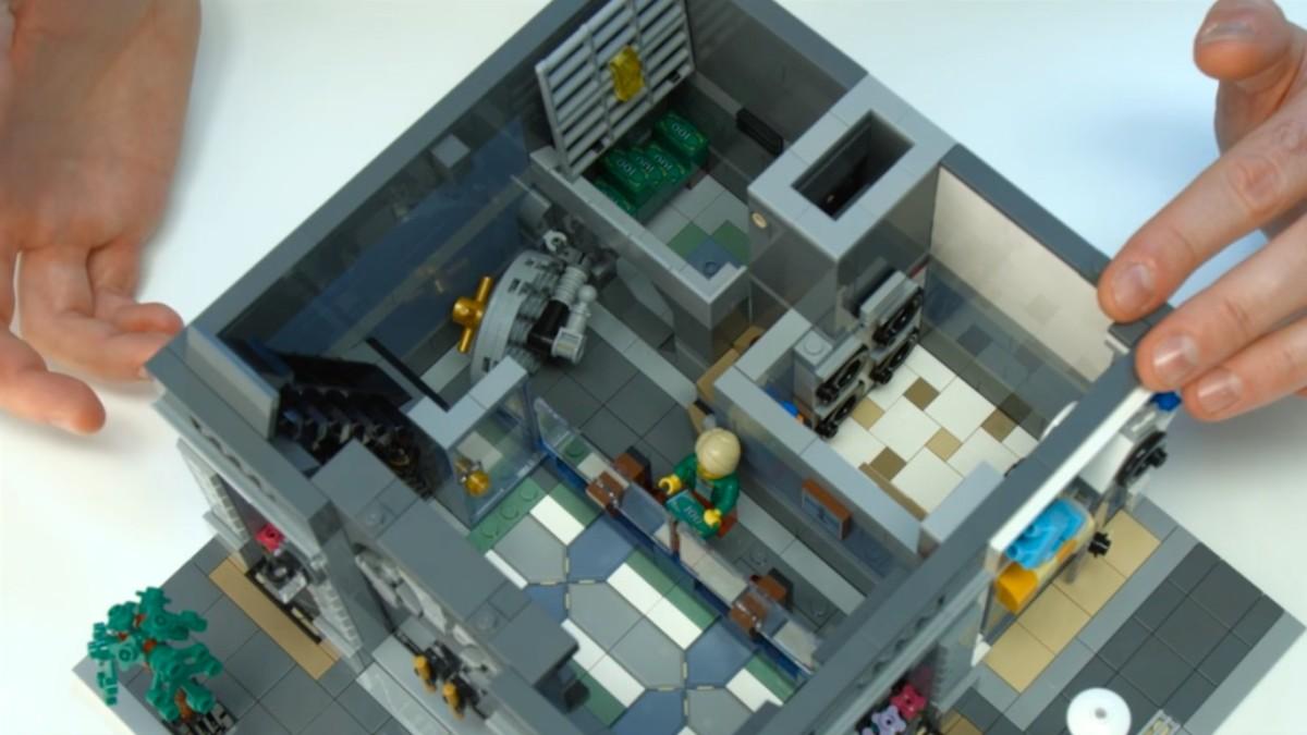 Lego Creator Brick Bank Modular Building Hubpages