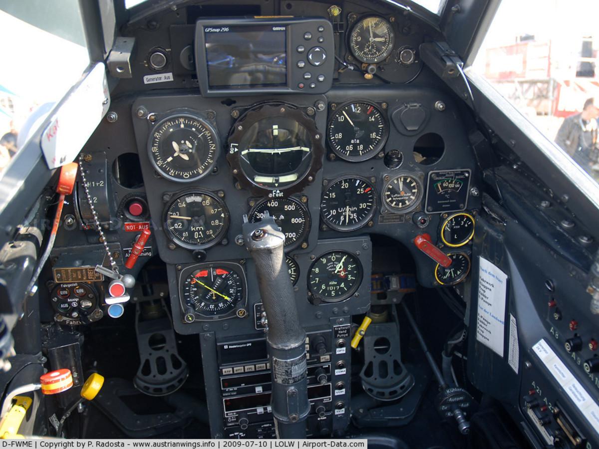 Me109 cockpit