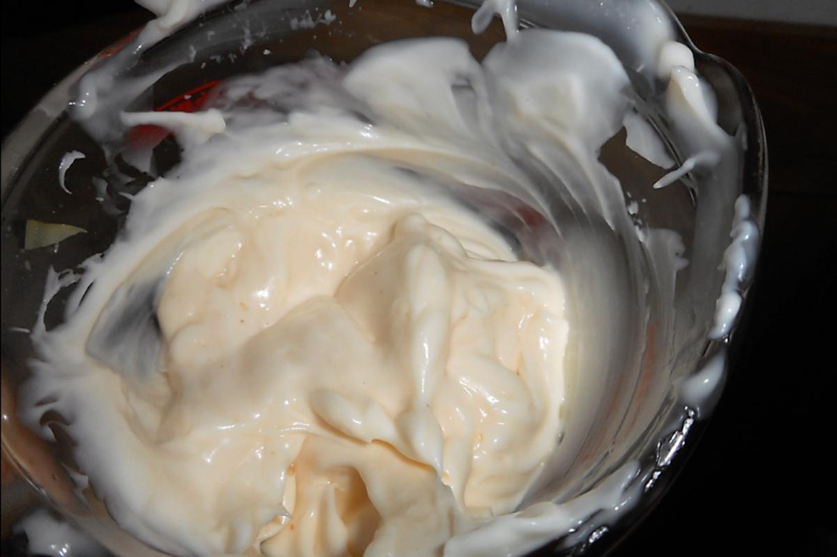 miracle whip and mayonnaise
