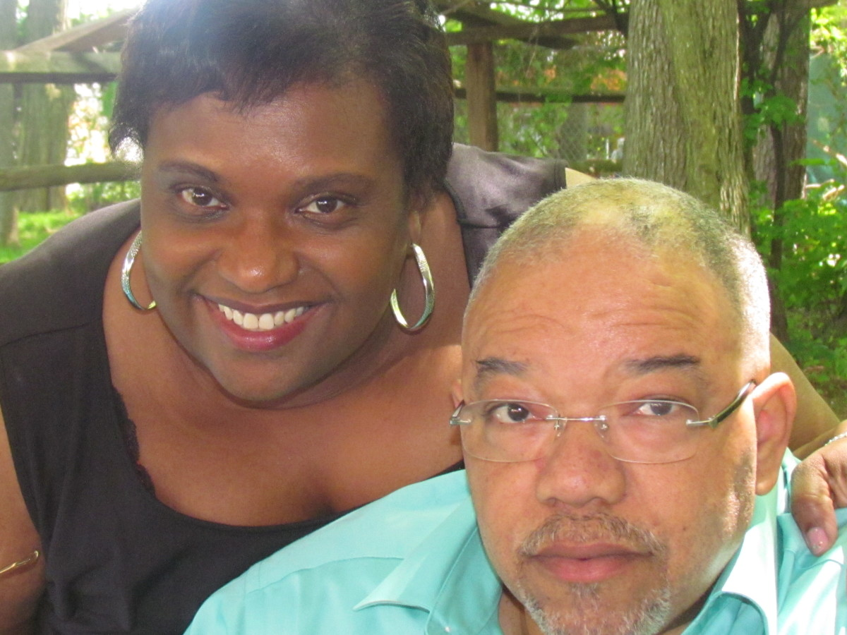 My niece Zenda and her husband Darryl, check on us now and then as they send their love from Chicago.