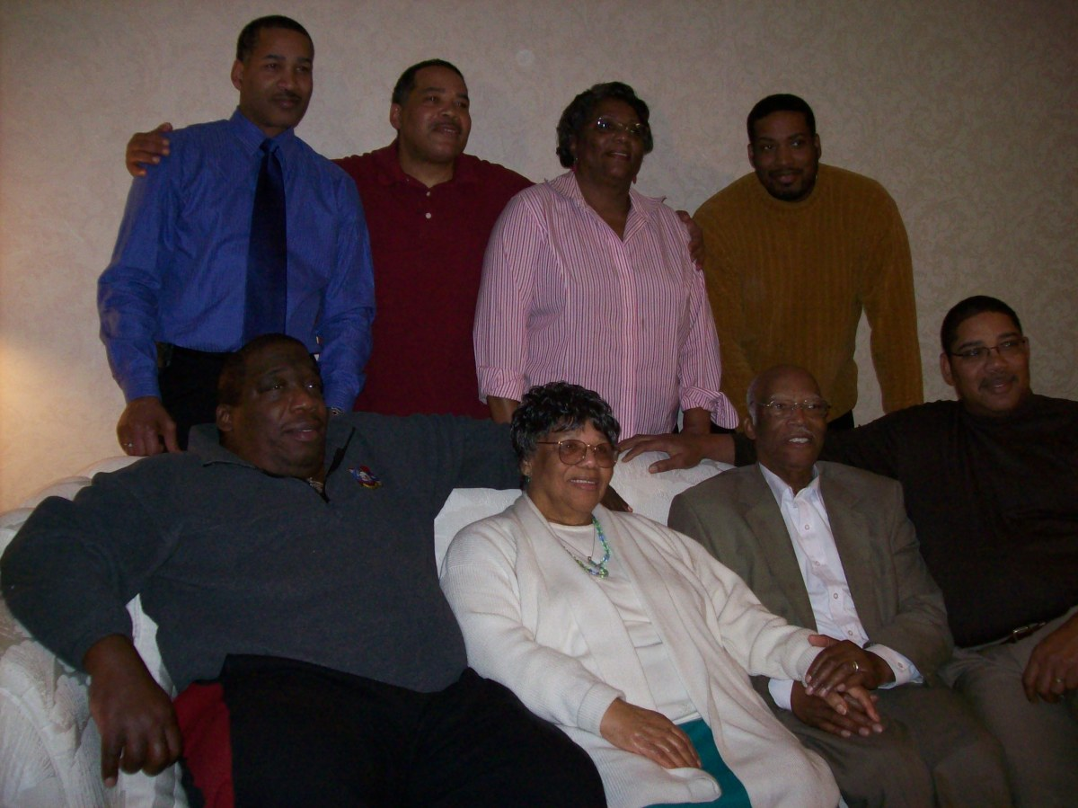 Walker and Susie with six of their seven children, Ocie, Bobbie, Walker Lee, Stephen, Sam, David and their youngest son Darryl was not present. Their son Nathan is deceased.