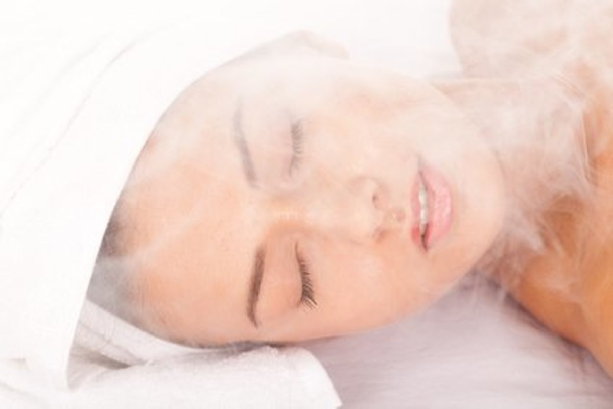 Portable saunas have many benefits for the face as well as the body.