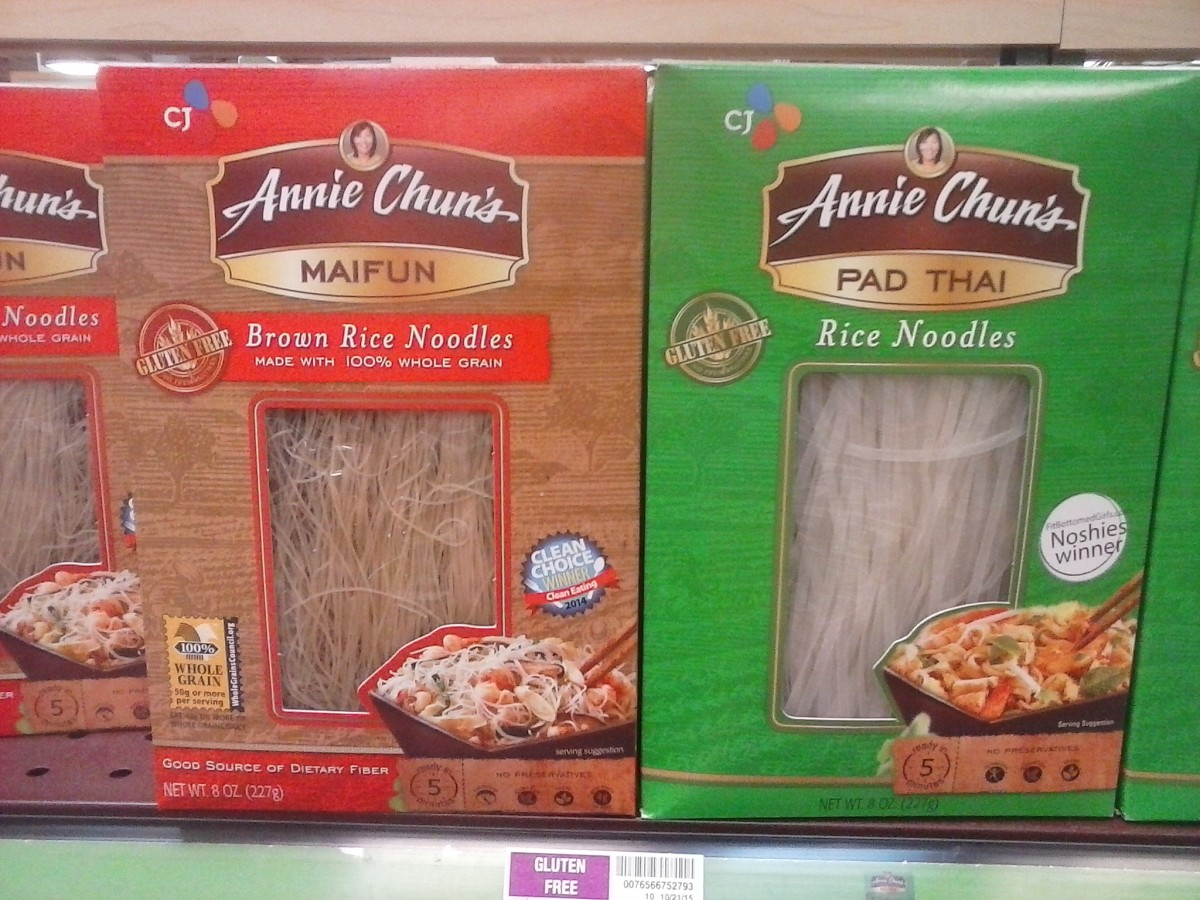 Annie Chun's makes both gluten free rice pasta and brown rice noodles in both Pad Thai and Maifun styles.