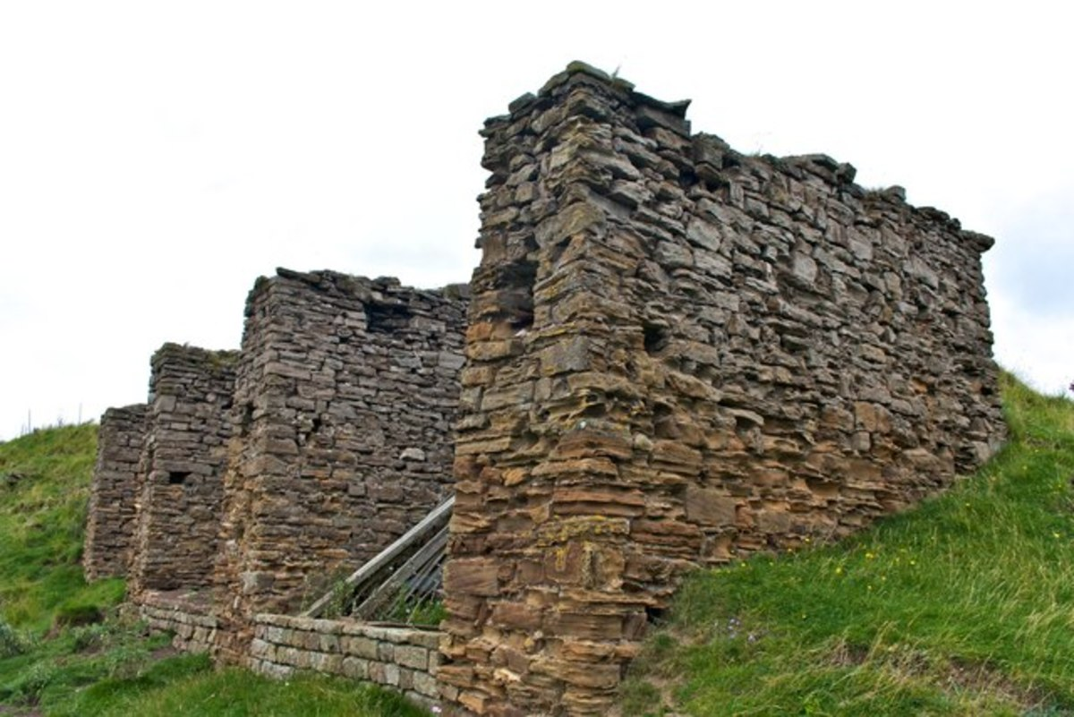 Conservation is important, to show the engineering features of the Rosedale Branch. The National Park authorities have an ongoing programme of preservation. This is the Rosedale East coal depot with its stone dividing walls to separate fuel types