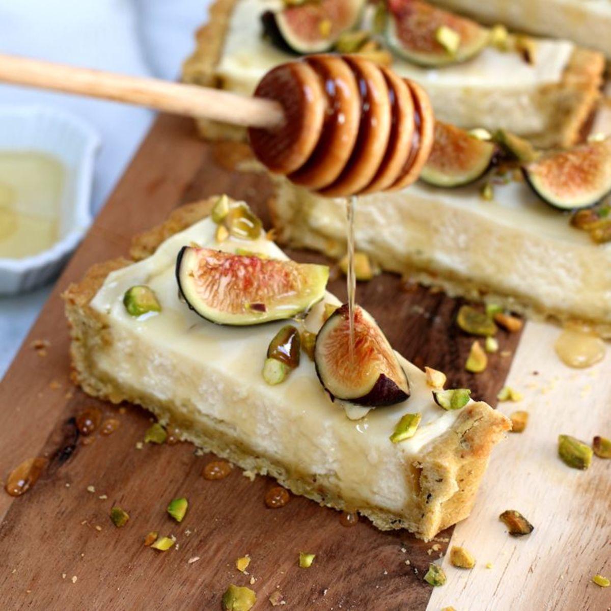 Fig Mascarpone Tart With Pistachio Crust